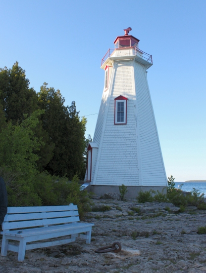Big Tub Harbour lighthouse at Tobermory